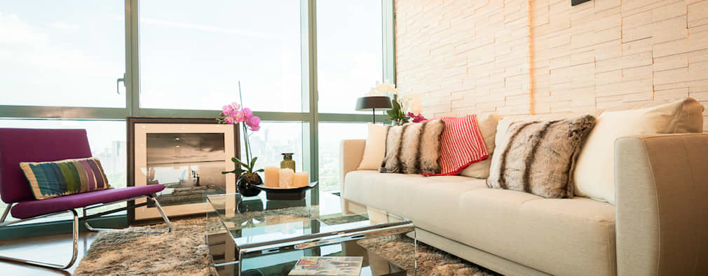 8 Forbes Town Road Golf View Residences: modern Living room by TG Designing Corner