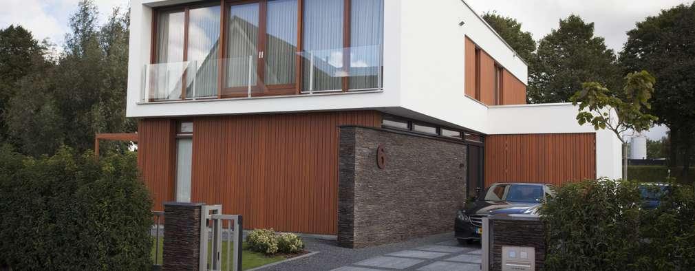 Villa by Thijssen Verheijden Architecture & Management