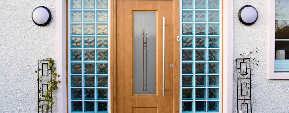 Front Door:  Front doors by Roundhouse Architecture Ltd