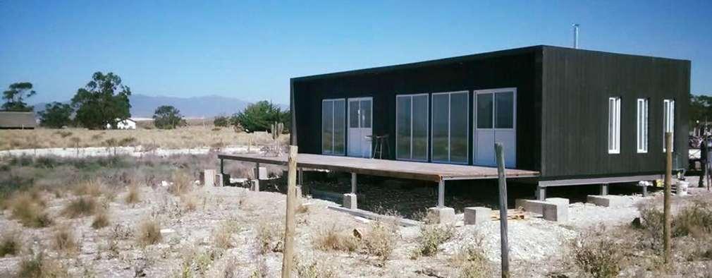 vista general: Casas de estilo mediterraneo por ALLEGRE ARQUITECTOS