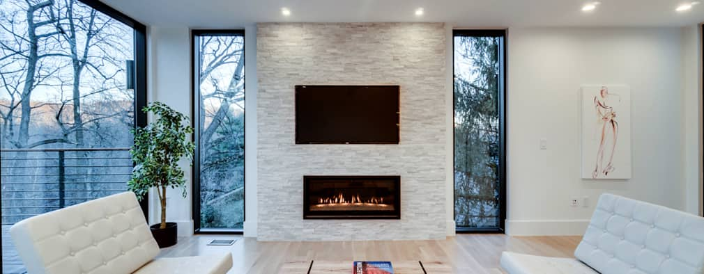 Chesapeake: modern Media room by KUBE Architecture