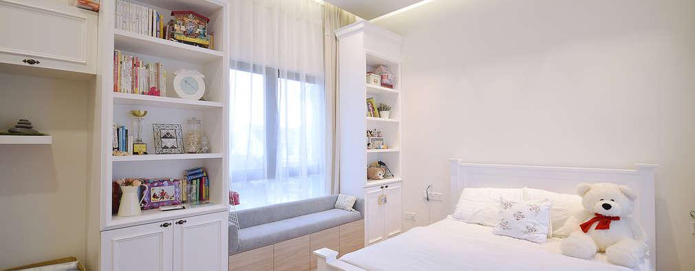 Kajang Jade Hills : modern Bedroom by Hatch Interior Studio Sdn Bhd