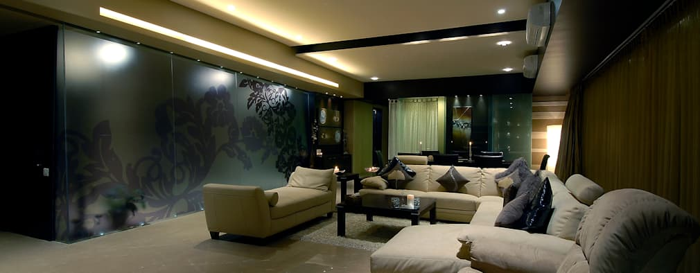 Residential Interior: modern Living room by Jeearch Associate