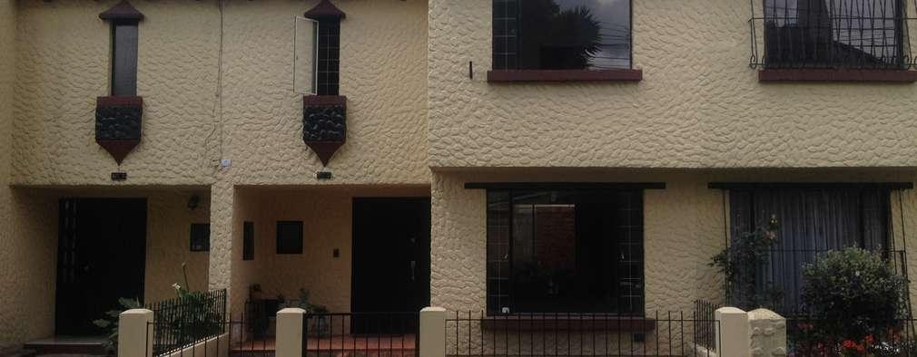 Casa de dos pisos con patio y cochera: Casas unifamiliares de estilo  por Erick Becerra Arquitecto