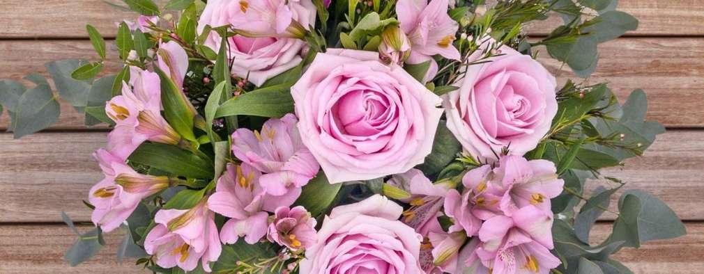 Cupid Pink:   por The Colvin Co