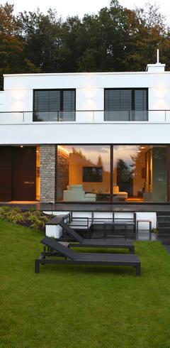 Villa P2:  Villa von DG/D Architekten