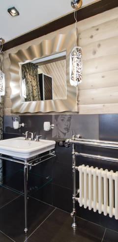 Banheiros rústicos por Samarina projects