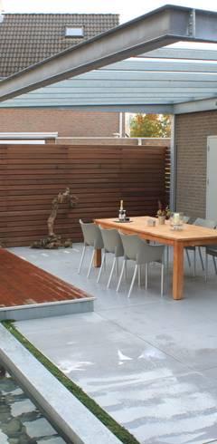moderner Garten von Hoveniersbedrijf Guy Wolfs