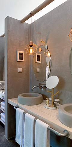 Bathroom by SegmentoPonto4