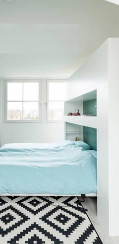 modern Bedroom by Bas Suurmond Fotografie