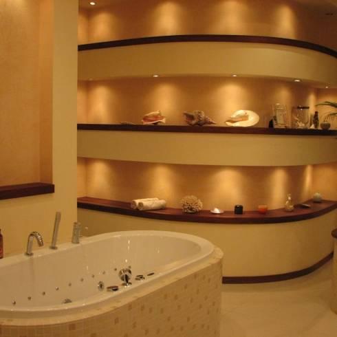 Bathroom by Fabryka Wnętrz