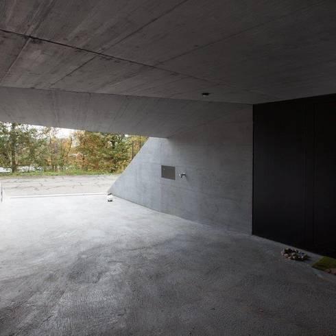 Wohnhaus Dielsdorf: moderne Häuser von L3P Architekten ETH FH SIA AG