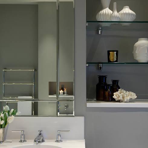Master Bedroom Ensuite:  Bathroom by Laura Sole Interiors