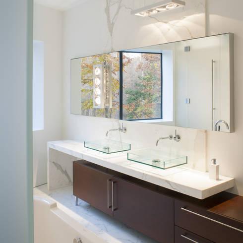 Difficult Run Residence:  Bathroom by Robert Gurney Architect