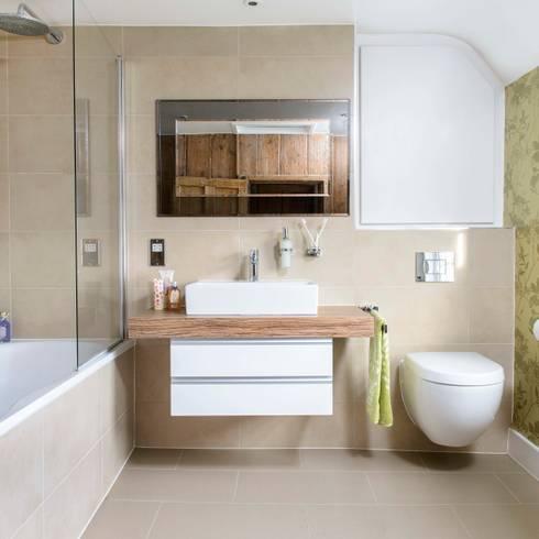Bathroom Renovation:  Bathroom by Workshop Interiors