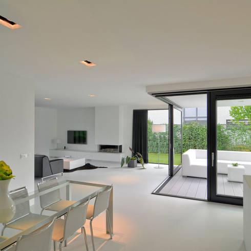 K&N 10:  Woonkamer door CKX architecten
