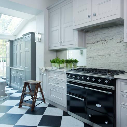 Cocinas de estilo  por Lewis Alderson