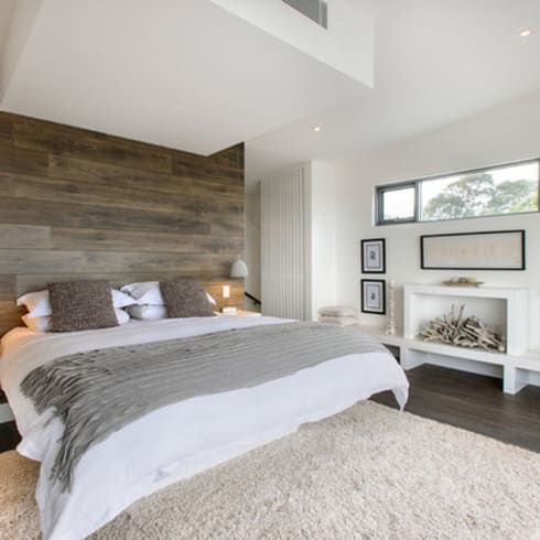 Main Bedroom:  Bedroom by GSI Interior Design & Manufacture