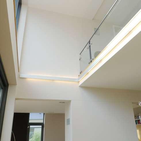bolz licht und design indirekte beleuchtung. Black Bedroom Furniture Sets. Home Design Ideas