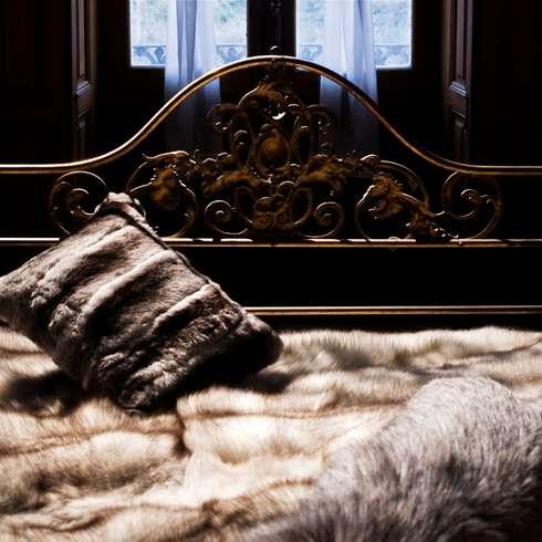 Mantas y almohadones de piel natural - Mantas de piel ...