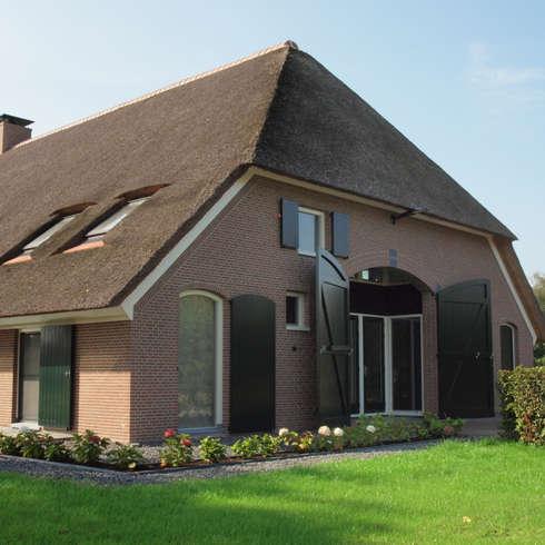 Klingkenberg: rustieke & brocante Huizen door Frank Loor Architect