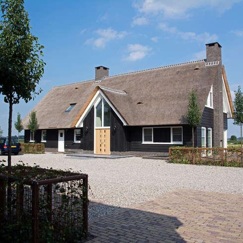 Landelijk wonen in Soest 002: landelijke Huizen door Building Design Architectuur