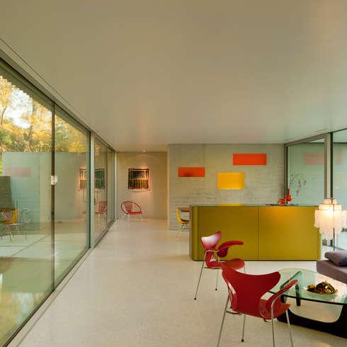 Villa am Bielersee I Schweiz:   von bauzeit architekten