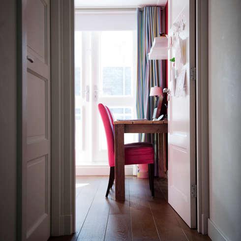 Begeleiden verbouwing,  interieur-voorstel en levering van de meubels: landelijke Kinderkamer door Mood Interieur