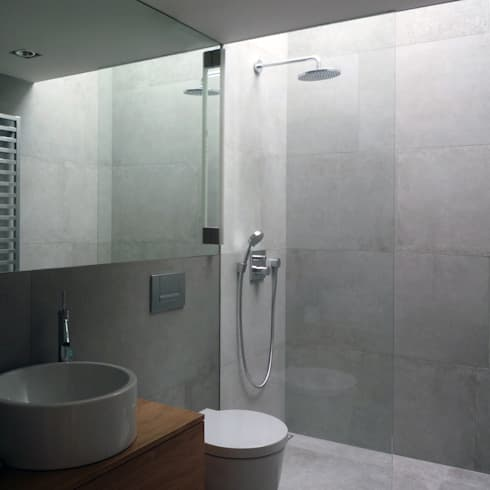 360° : moderne Badezimmer von Architekt Zoran Bodrozic