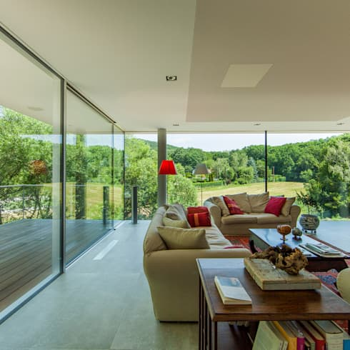 360° : moderne Wohnzimmer von Architekt Zoran Bodrozic