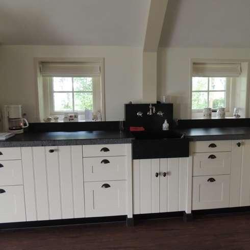 combinatie front model Elzas en model Spinnerij.: landelijke Keuken door de Lange keukens
