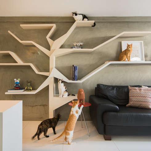 Salas de estar modernas por Fábrica Arquitetura