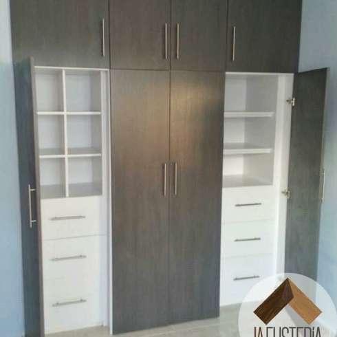 8 tipos de puertas para closet for Modelos de zapateras de melamina