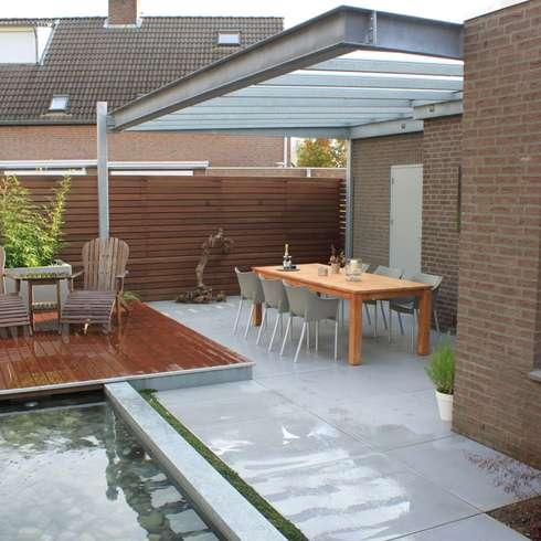 庭院 by Guy Wolfs Hoveniersbedrijf