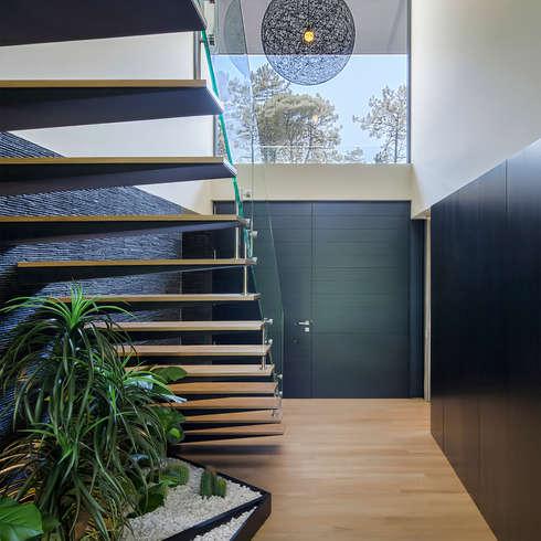 Flur & Diele von INAIN Interior Design