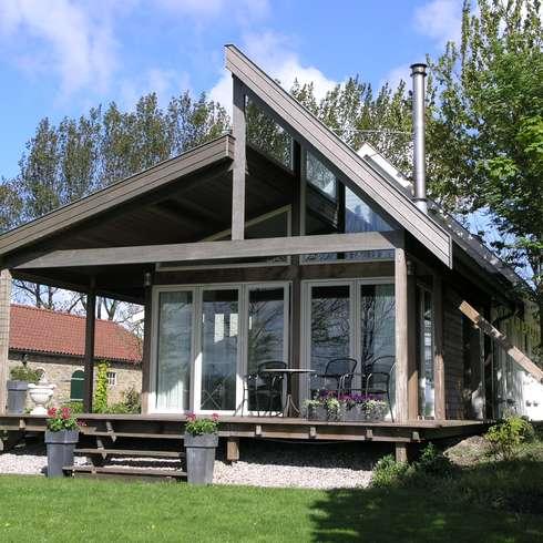 Aanbouw Zonderland: landelijke Huizen door Dick de Jong Interieurarchitekt