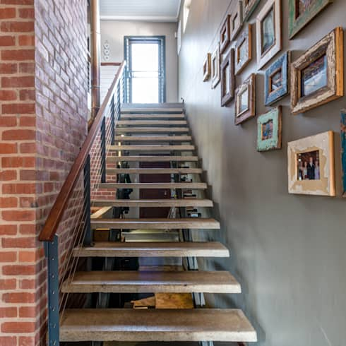 Stairs:  Corridor & hallway by OLIVEHILL Architects