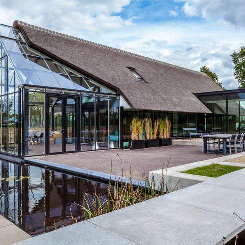 WOONHUIS BERLICUM: moderne Huizen door Maas Architecten
