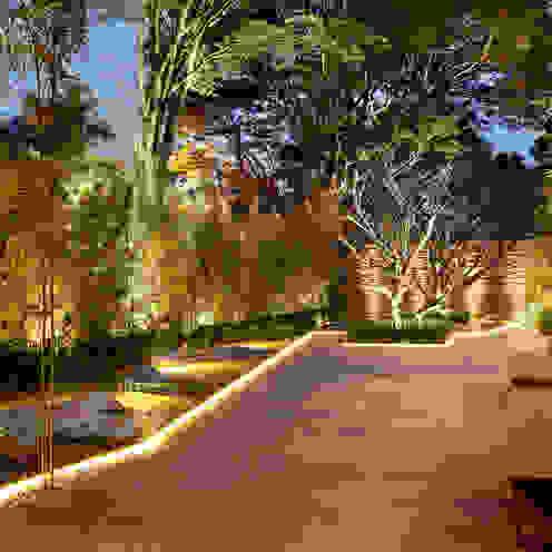 Jardins modernos por Hanazaki Paisagismo Moderno