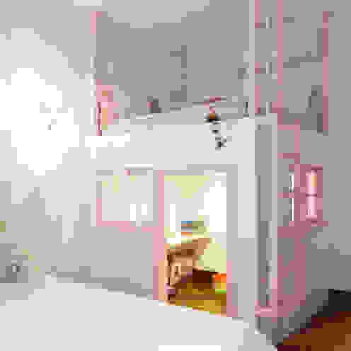 Dormitório menina ArkDek Quartos de criança ecléticos