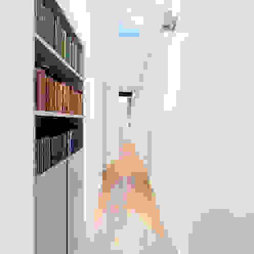 Roland Gardens BTL Property LTD Minimalist corridor, hallway & stairs