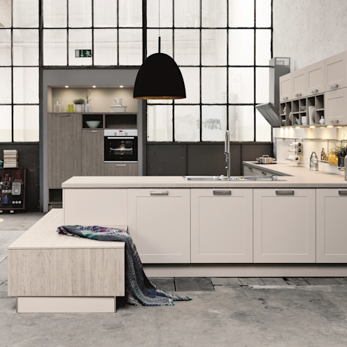 Warehouse kitchen design من LWK London Kitchens صناعي