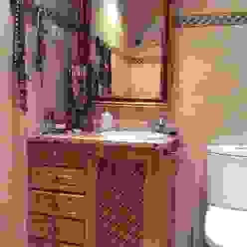 Blanc-O Arquitectura de Interiores y Decoración BathroomSinks
