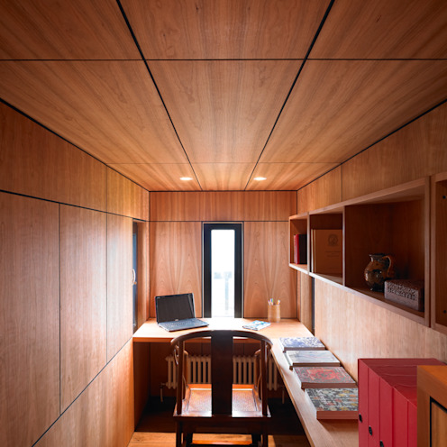 Cherry Panelled Study:  Study/office by WT Architecture, Modern