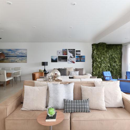 Apartamento M|R Now Arquitetura e Interiores Salas de estar modernas