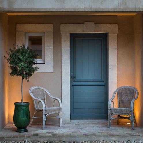Jeux de Lumière Pasillos, halls y escaleras mediterráneos