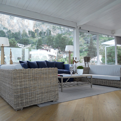 EXCELSIOR HOME INTERIORS Livings de estilo mediterráneo