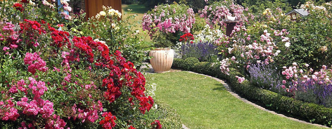 Jardines de estilo  por Planungsbüro STEFAN LAPORT