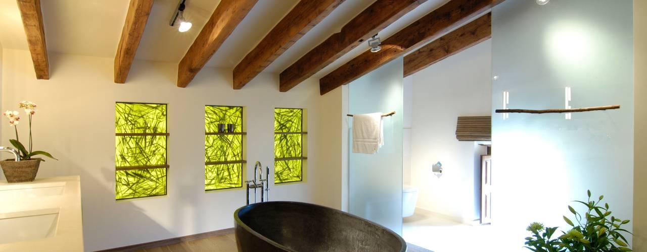 Badezimmer :  Badezimmer von Bernhard Preis - Interior Design aus der Region Tegernsee