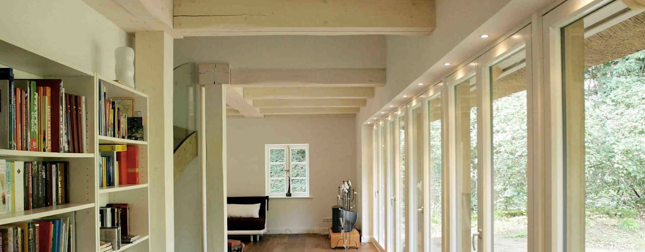 Studio in stile  di Architektur- und Innenarchitekturbüro Bernd Lietzke, Moderno